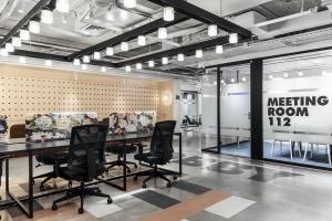 ROOMS חללי עבודה משותפים באווירה מלונאית-עסקית