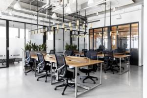 כשעלות הגונה פוגשת נוחות מהנה: כך חללי העבודה המשותפים נותנים ללקוחות מענה מלא