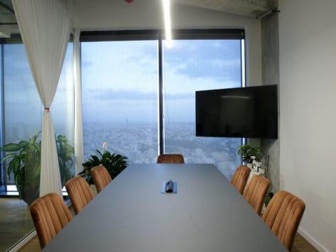 httpswww.spacenter.co .il חדר ישיבות במגדל מידטאון תל אביב Meeting room Midtown Tel Aviv 1