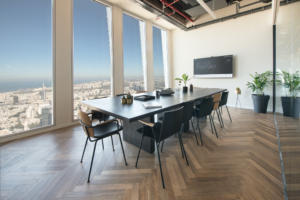 חוזרים לשגרה – איך חללי עבודה בתל אביב נהיו הדבר החם הבא?